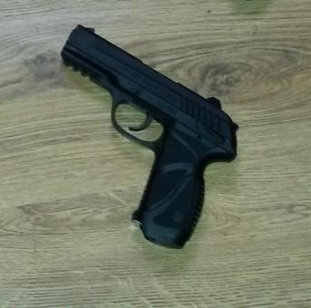 Pem Pistols indoor shooting range